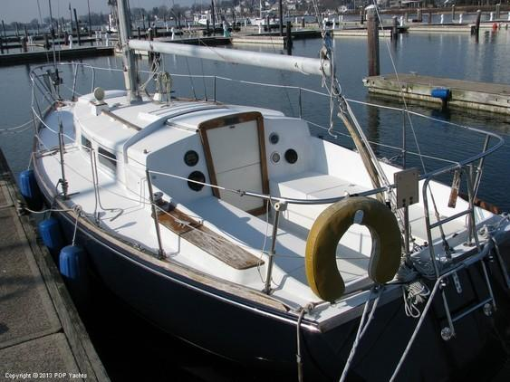 Tartan - 30 Sailboat