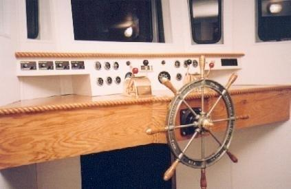 Trawler - Custom Hull Houseboat