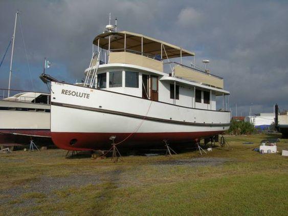 Trawler custom design brick7 boats for Garden design trawler boat