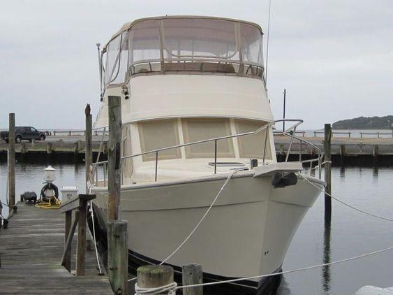 Trawler - Mainship 34