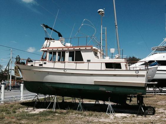 Trawler - Marine Trader