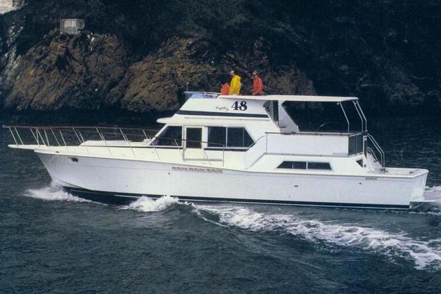Uniflite - 48 Yacht Fisherman