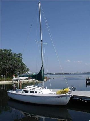 Catalina - 22 Sloop with Trailer, Towing Vehicle Available