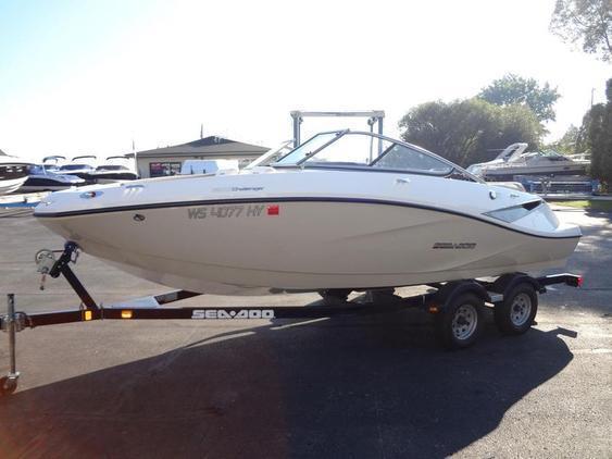 Challenger - Sea-Doo Sport Boats 210 SE