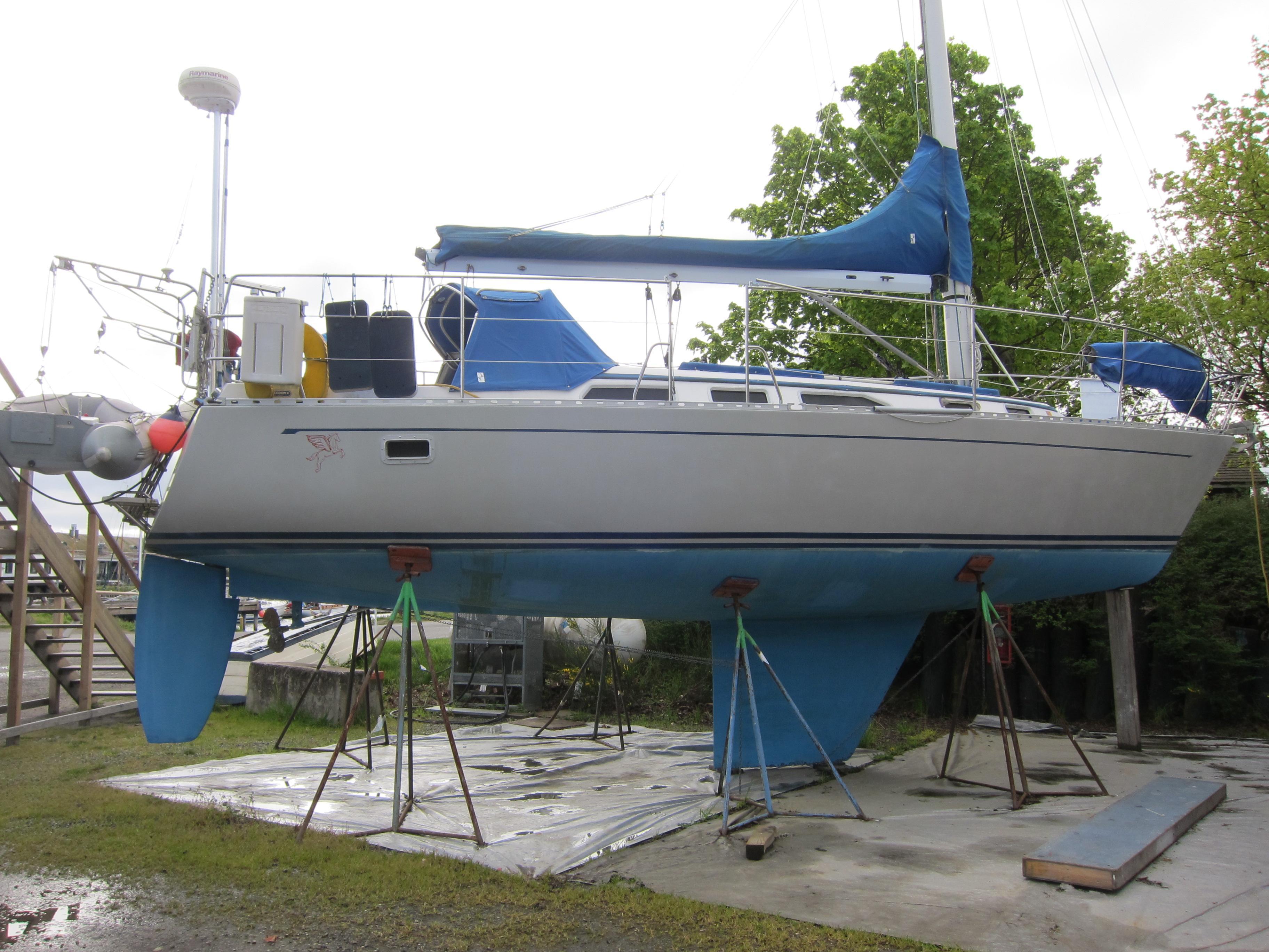 Freedom 36 Sloop, Port Hadlock