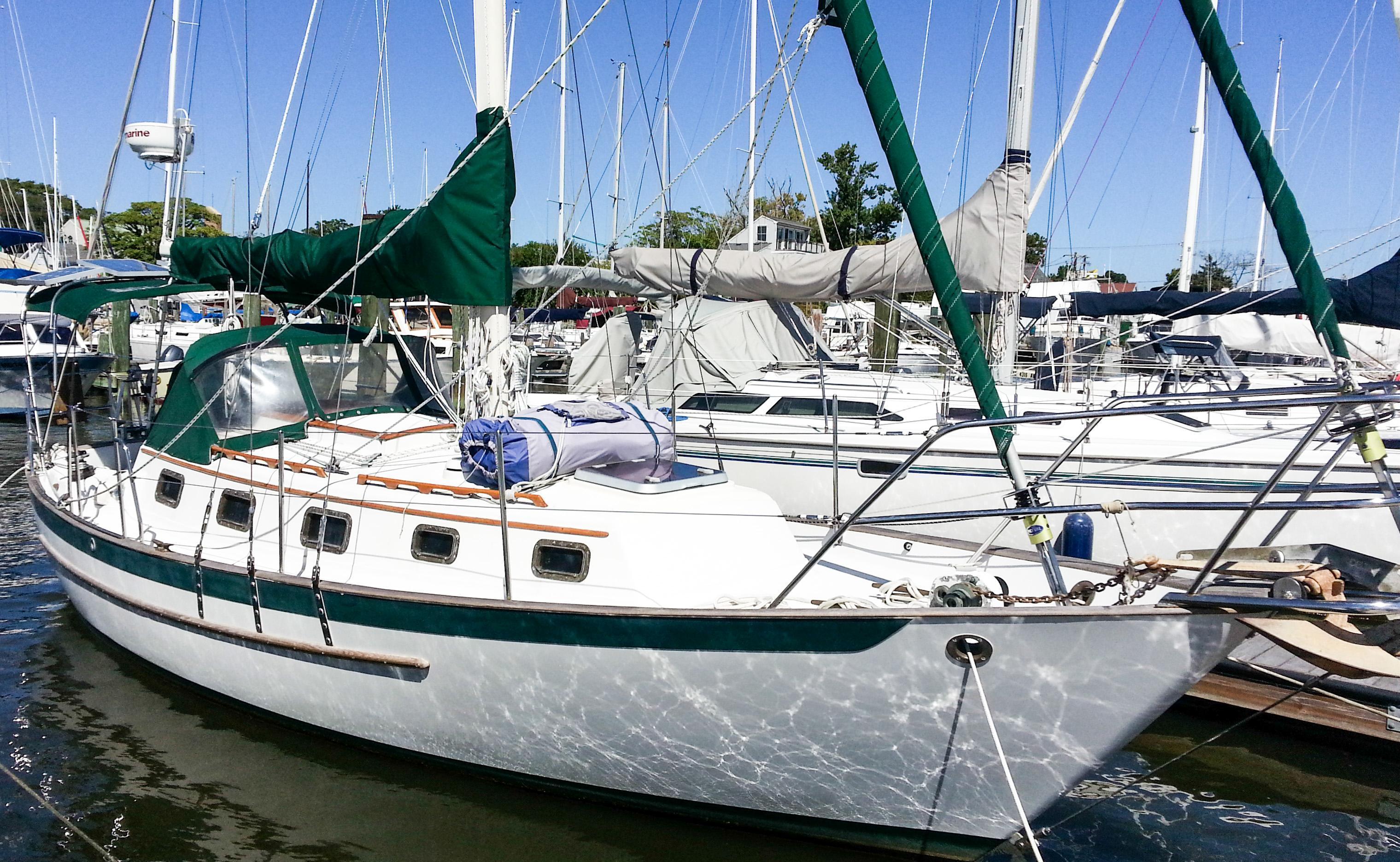 Pacific Seacraft - Crealock design --CUTTER, Annapolis