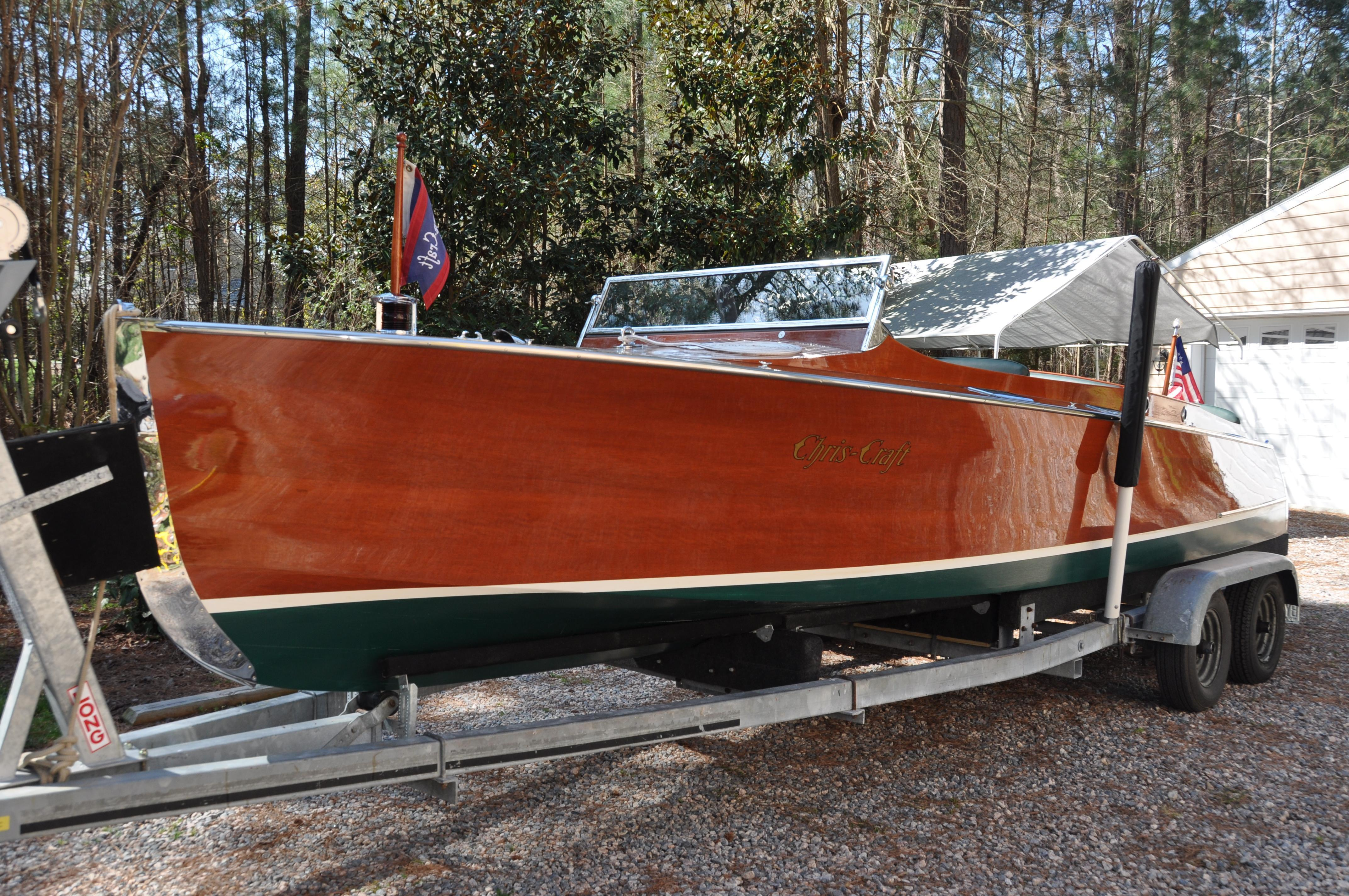 Chris Craft Triple Cockpit 24,