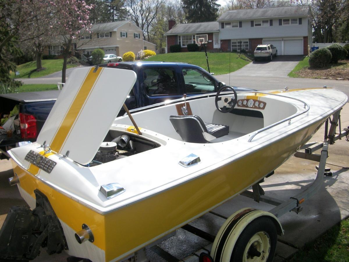 Donzi Sweet - Brick7 Boats