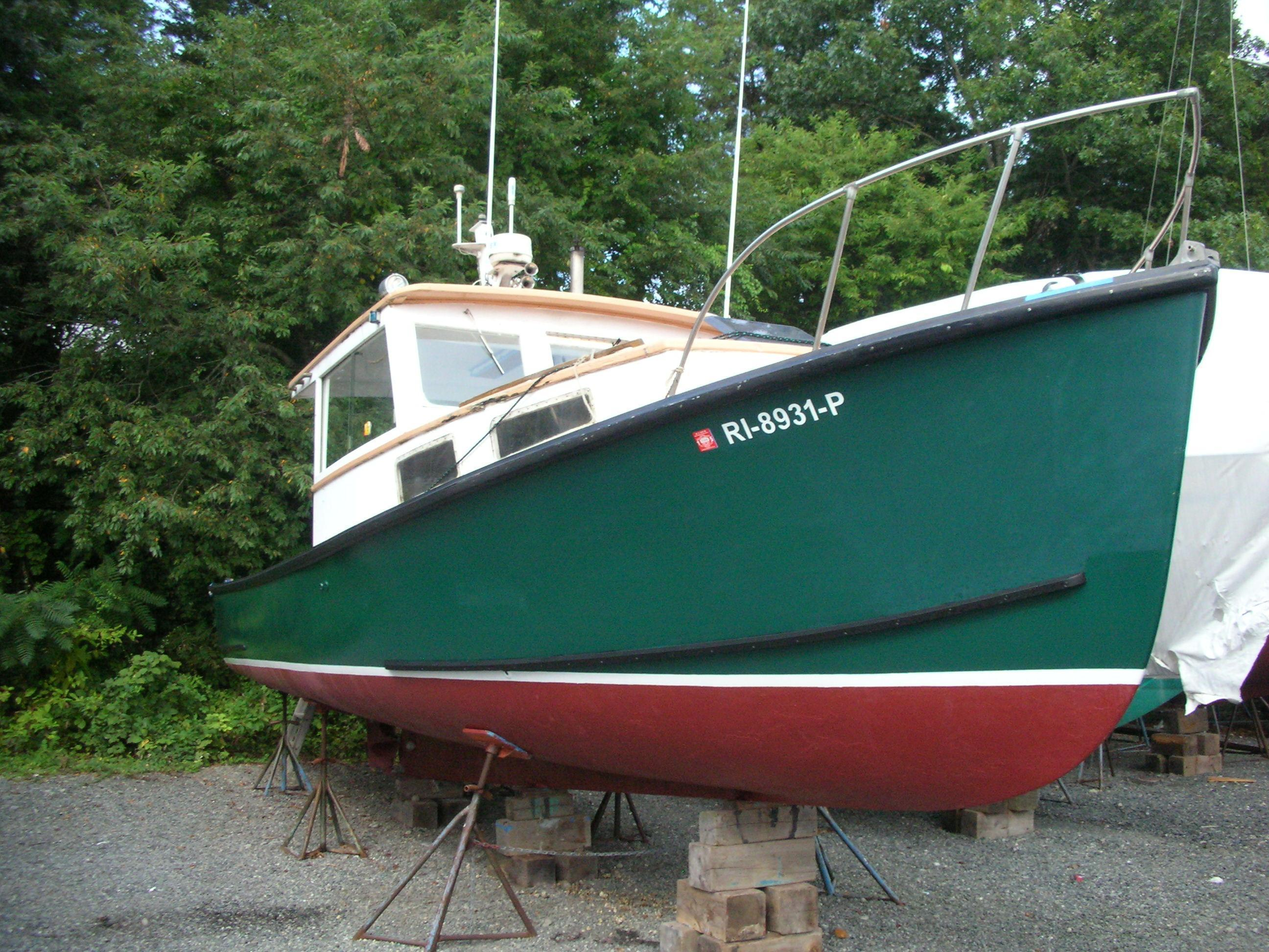 Webbers Cove Lobster boat, Portsmouth