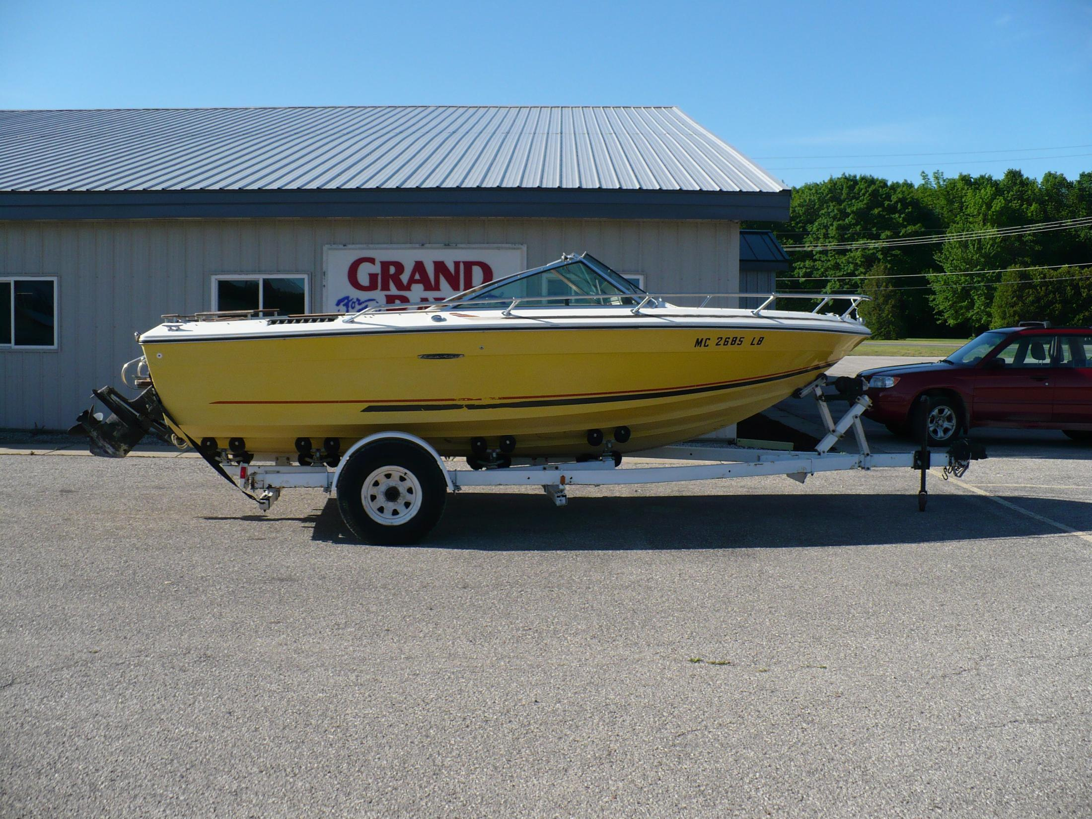Sea Ray 197 Br - Brick7 Boats