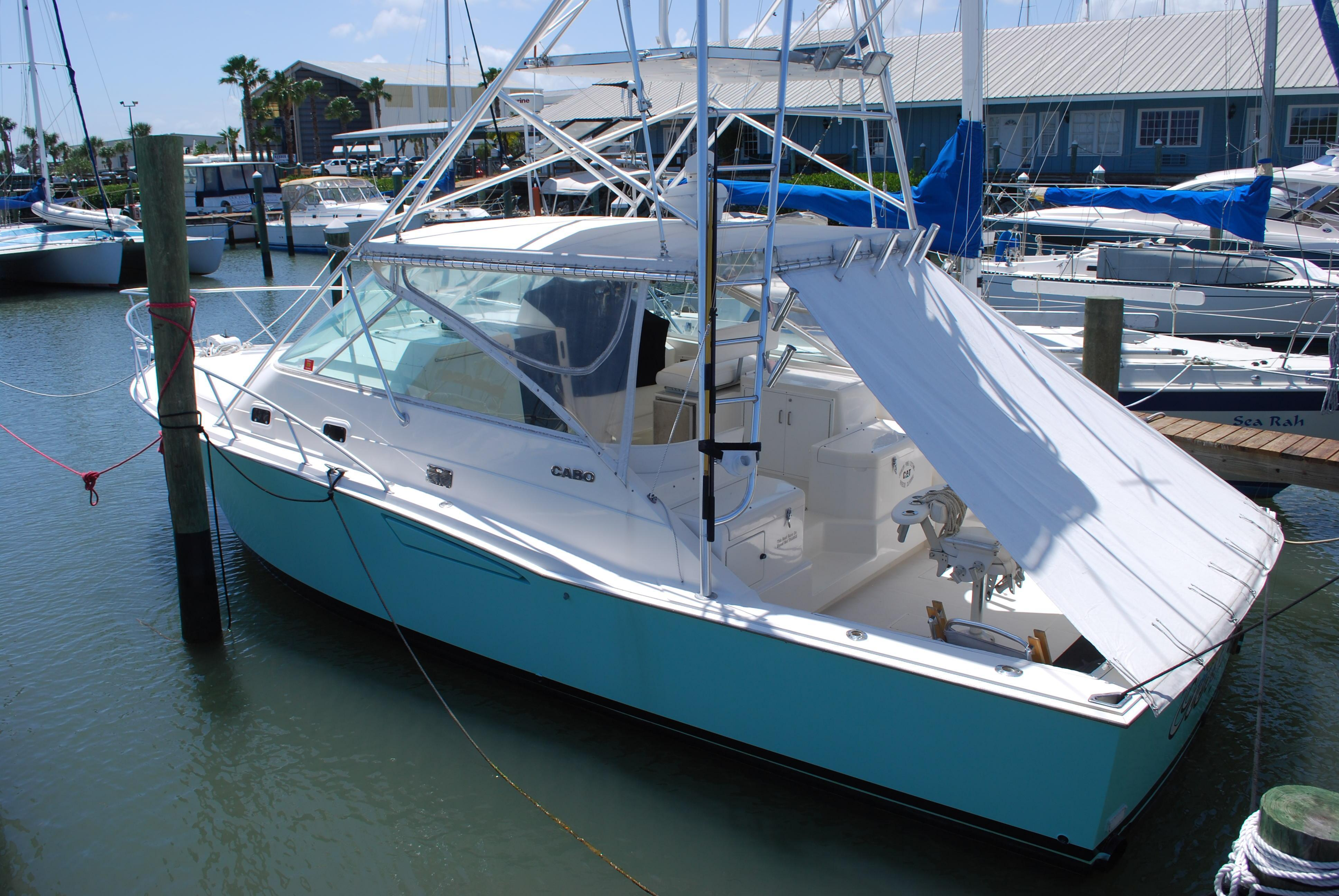 Cabo Yachts 35 Express Updated Electronics, Fort Pierce