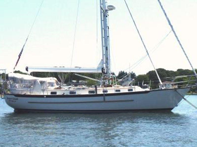 Pacific Seacraft -- Crealock design, Annapolis
