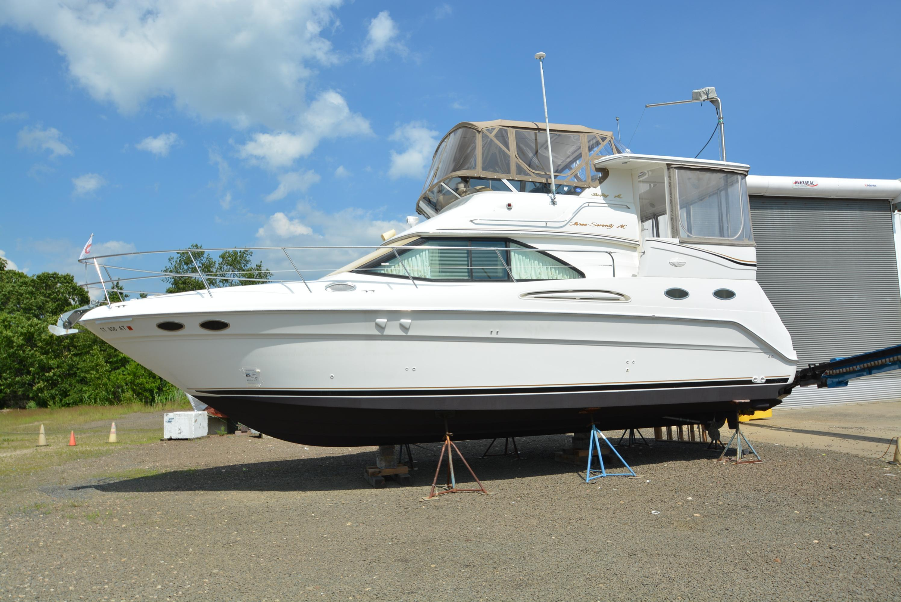 1999 Carver 445 Aft Cabin Motor Yacht Power New and Used Boats