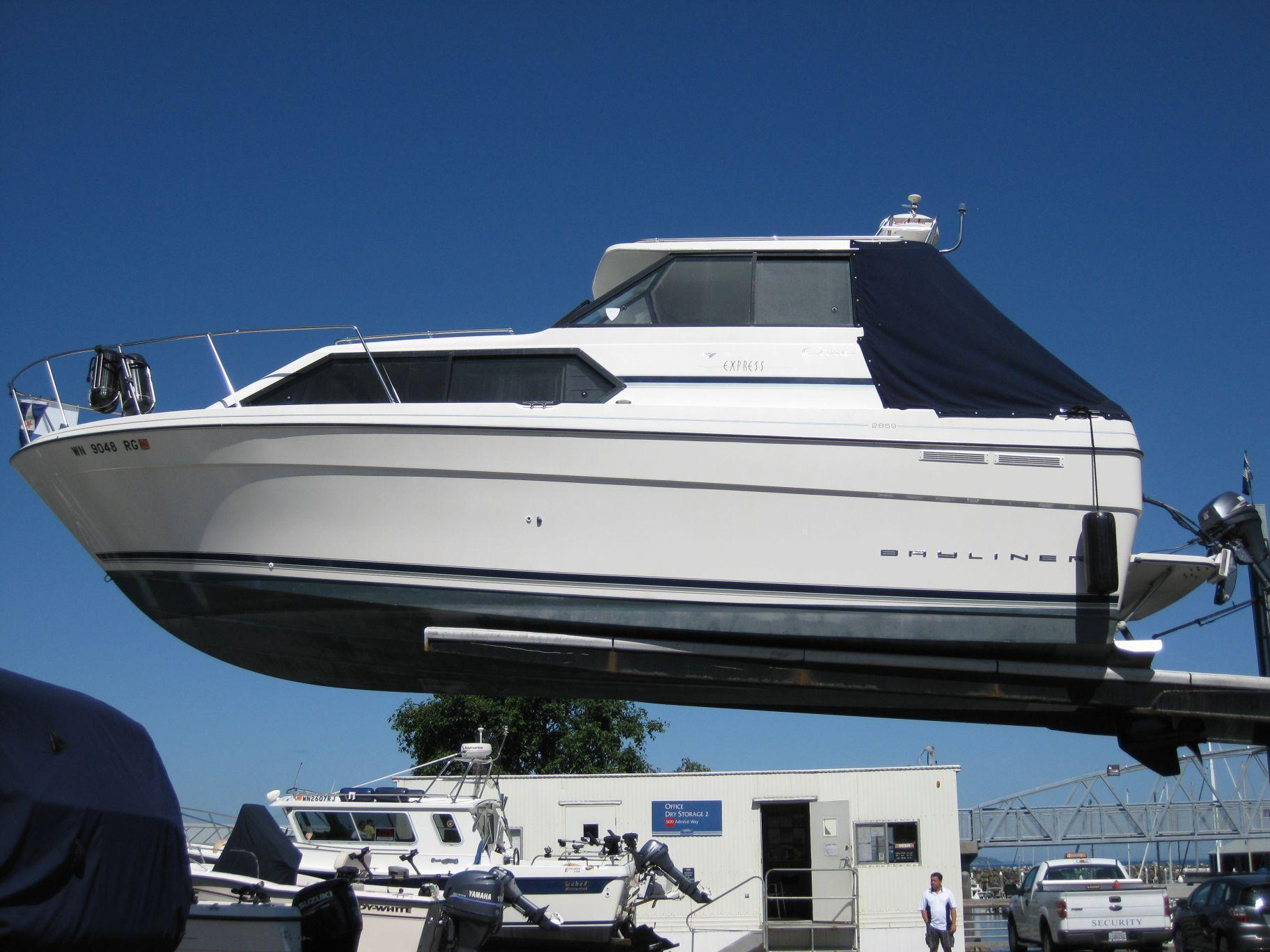 Bayliner 2859 Classic Cruiser, Edmonds