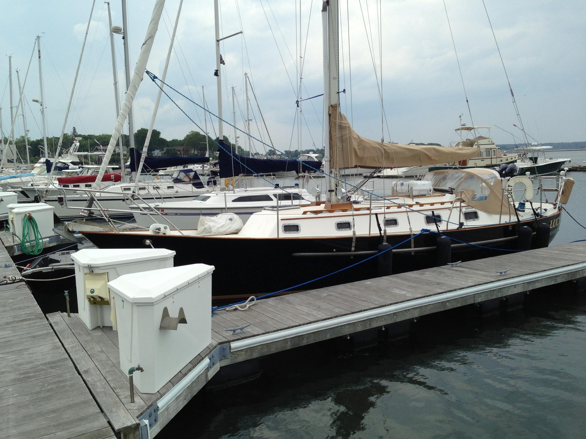 Pacific Seacraft Crealock 34, Rockport