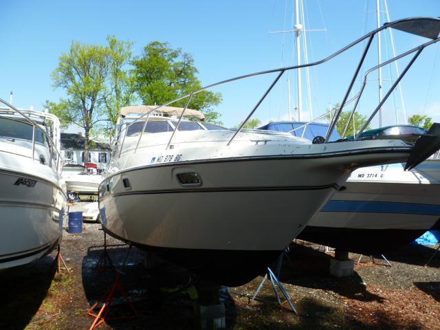 Maxum 2800 SCR, Essex