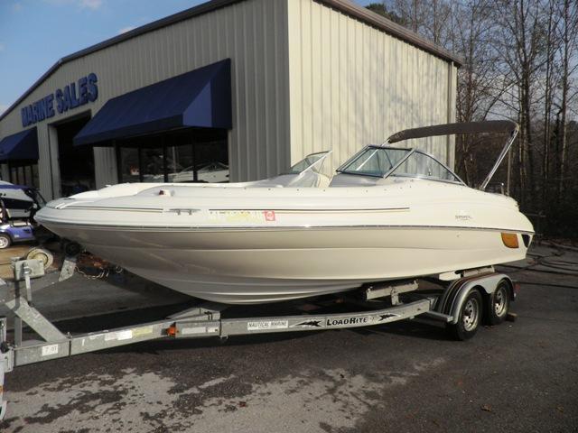 Sea Ray 210 Sundeck - Brick7 Boats