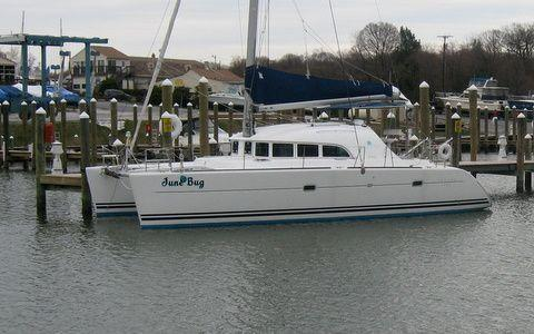 Lagoon 380 owners version, Edgewater
