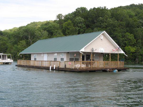 CUSTOM BUILT 24 x 36 Floating Cottage (1088sqft), Norris Lake