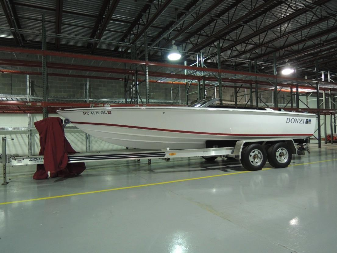 Donzi Classic Powerboat