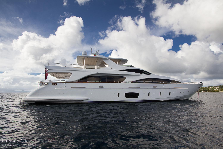 Azimut- Benetti Motor Yacht, Fort Lauderdale