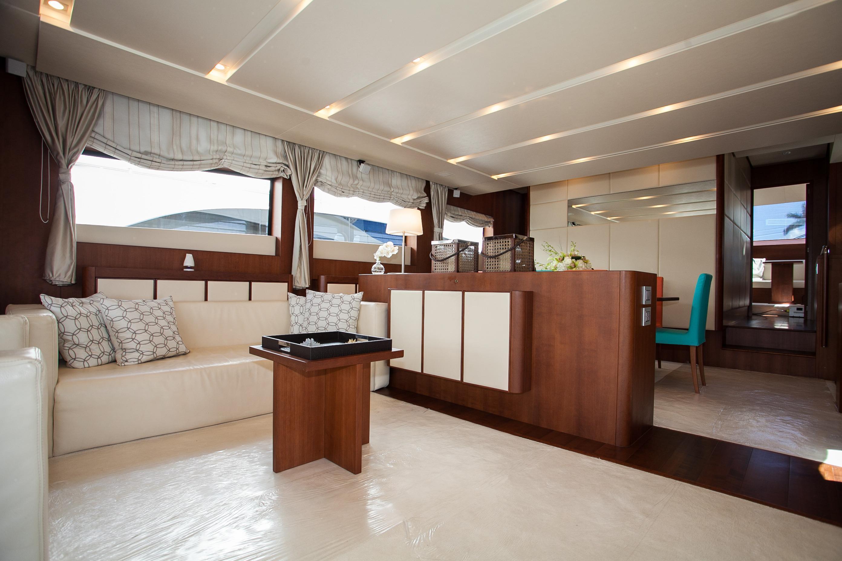 Aicon , Miami Boat Show