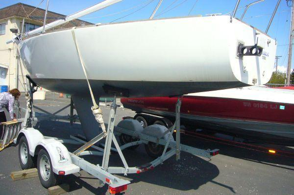 J Boats Racing Sloop w/ Trailer, Port Orchard