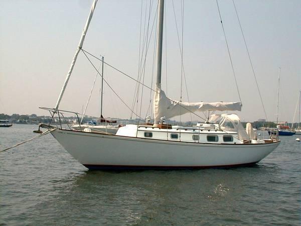 Bristol 40 Centerboard Sloop, Fairhaven
