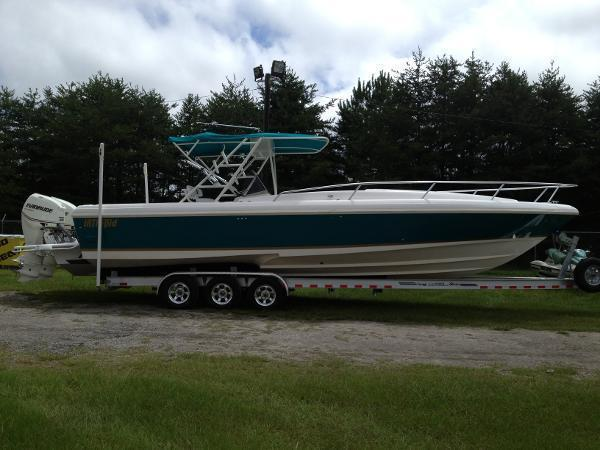 1995 Intrepid 356 Intrepid Open Cuddie
