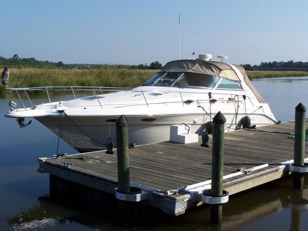 1995 Sea Ray 330 Sundancer-New Engines