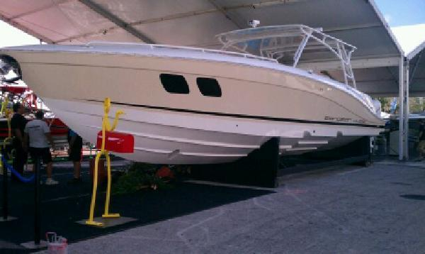2015 Concept 4400 Sport Yacht