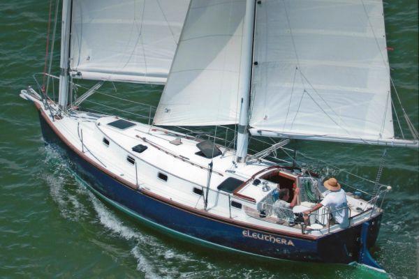 1980 Freedom Yachts 33 Cat Ketch