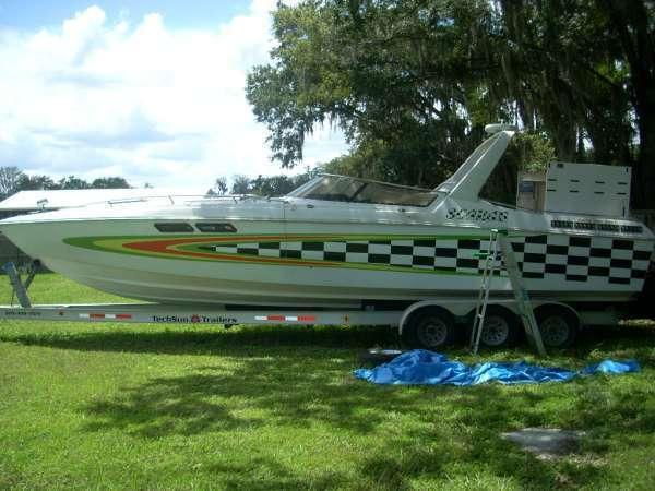 1983 Wellcraft 33 SCARAB
