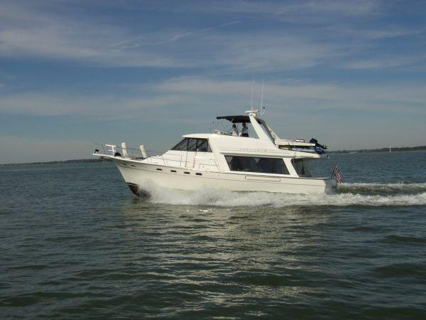 2000 Bayliner 4788 Pilothouse