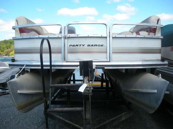 2001 Sun Tracker PARTY BARGE 21 Signature Series