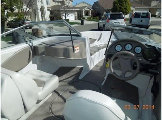 2003 Four Winns Freedom 170 ST