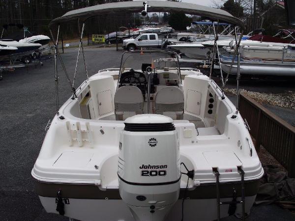 2005 Hurricane FUN DECK GS 211 -SOLD-