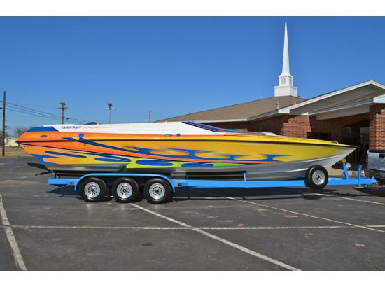 2005 Lavey Craft 29 NuEra Mid Cabin Open Bow MC/OB