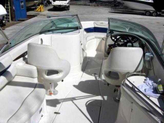 2005 Monterey 248 LS