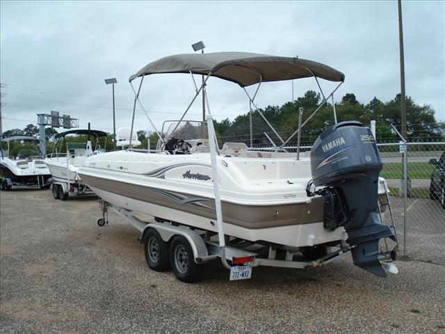 2007 Hurricane Fun Deck GS 231 OB