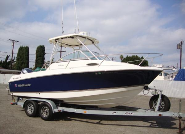 2008 Wellcraft 210 Coastal