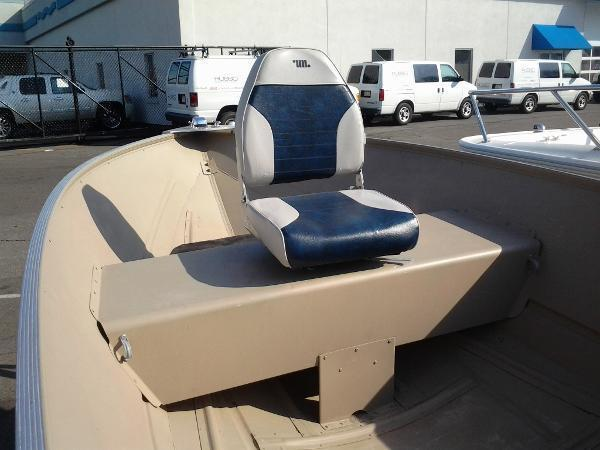 2010 Lowe Angler 1467 WT with Trailer