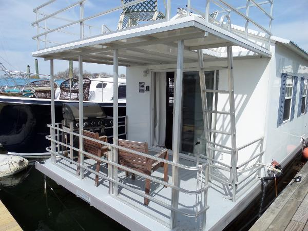 2011 Cataran Cruisers Aqua Lodge