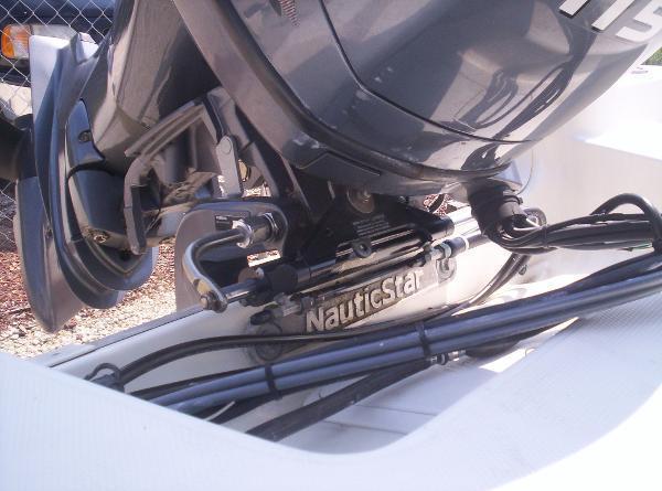 2011 NAUTIC STAR 1910 CC Bay Boat with Yamaha 4 Stroke!
