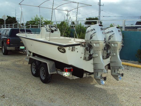 2012 Dusky Center Console Bay Shark