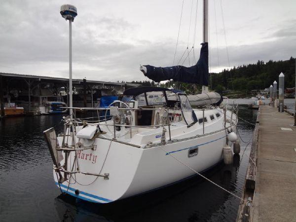 1987 Freedom Yachts 36 Sloop