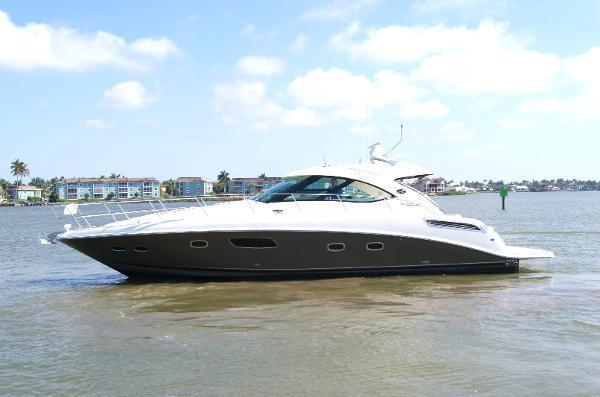 2012 Sea Ray Sundancer