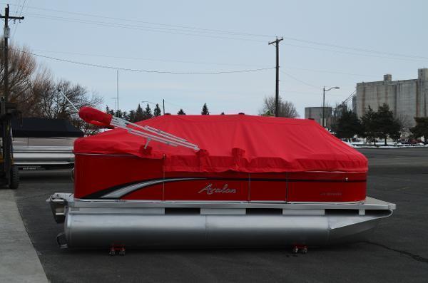 2013 Avalon Eagle - 16'
