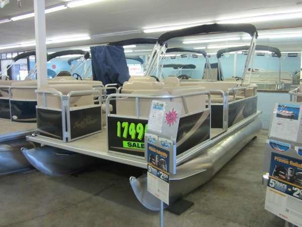 2013 SunChaser Oasis 818 Cruise
