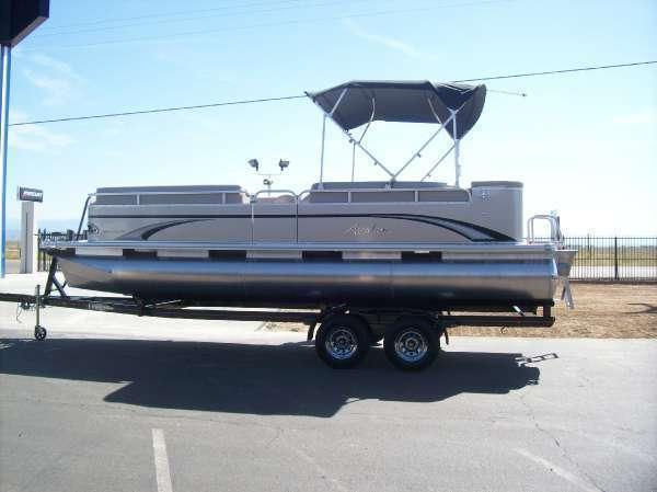 2014 Avalon 22 ft. GS Cruise